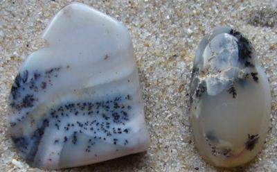 Opal - Dendriten-Opal und Moos-Opal