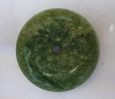 Serpentin hellgrün gefleckt