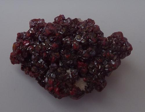 Zinnober-Opal